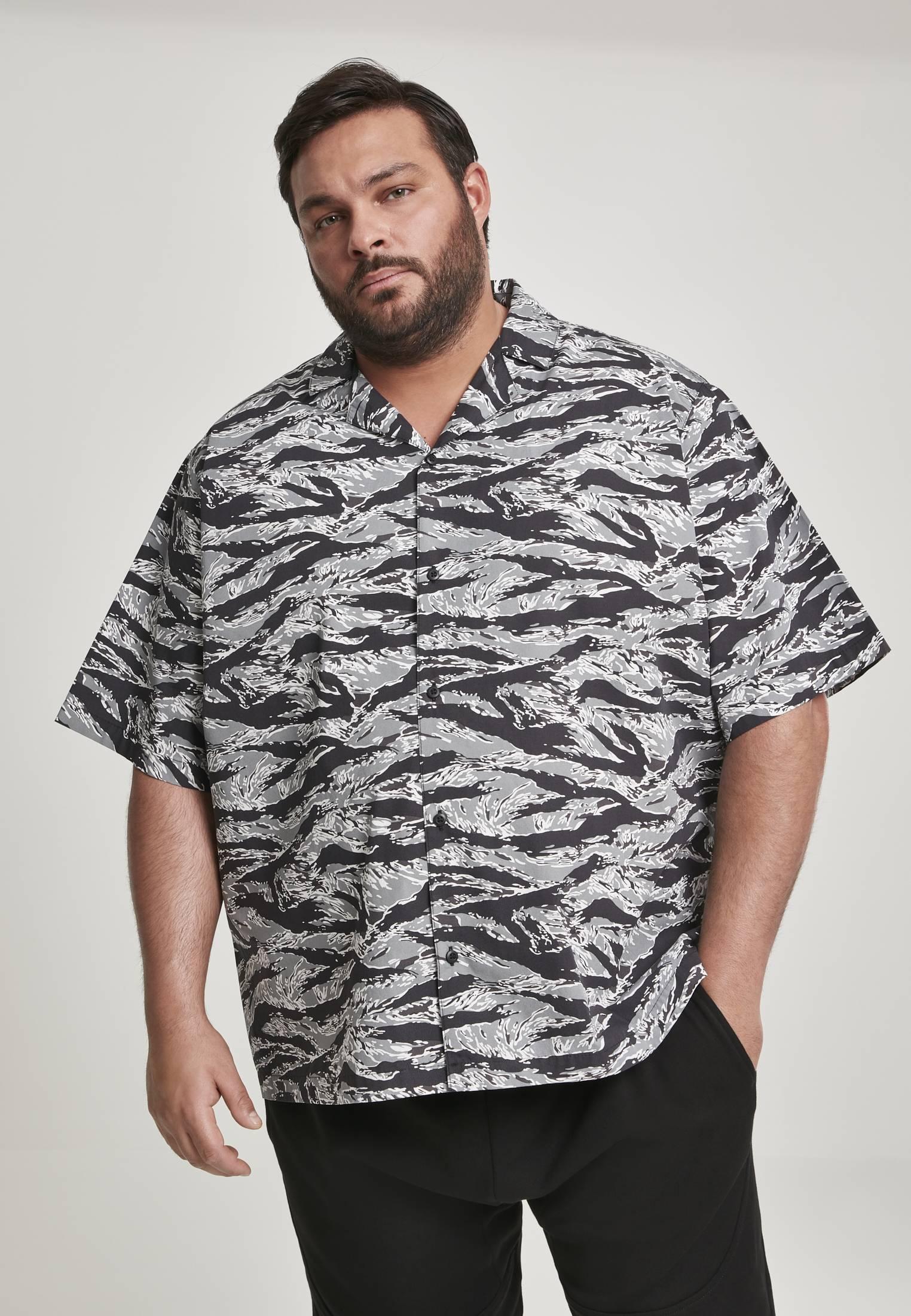 Urban Classics Pattern Resort Shirt stone camo - 5XL