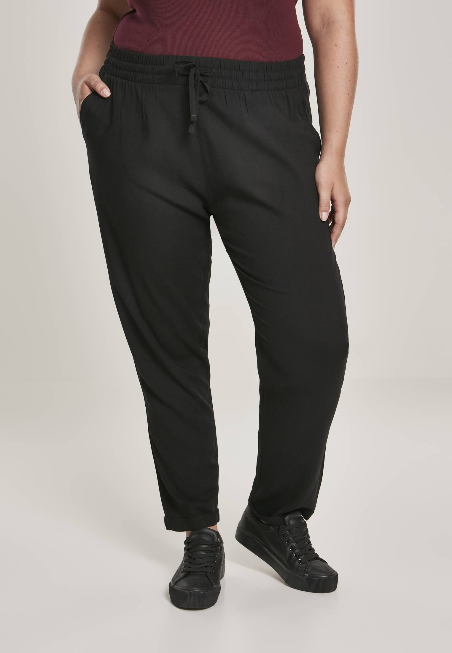 Urban Classics Ladies Elastic Waist Pants black - 5XL