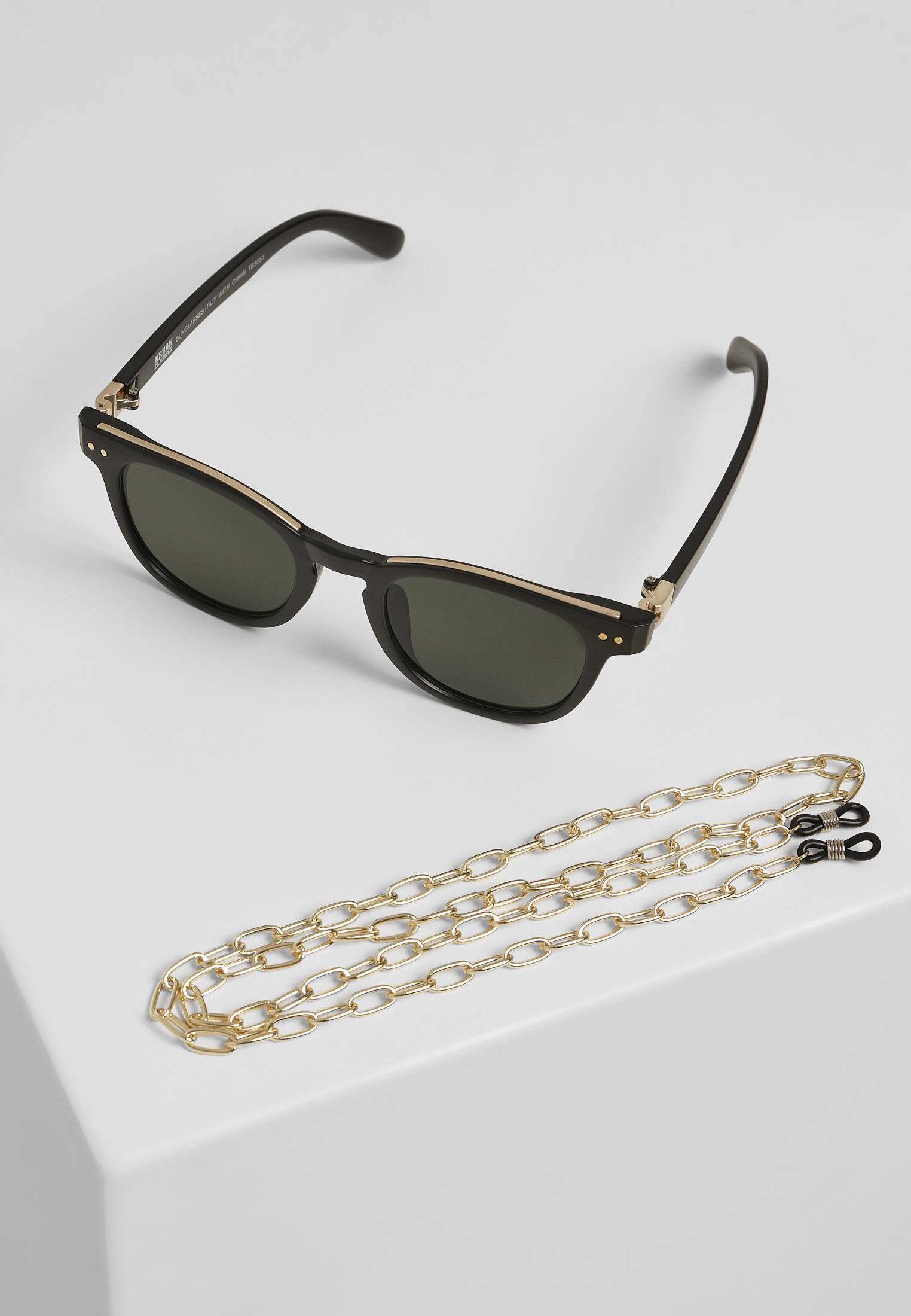 Urban Classics Sunglasses Italy with chain black/gold/gold - One Size