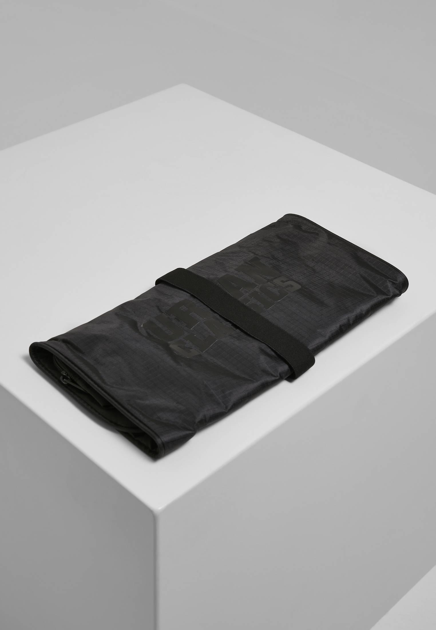 Urban Classics Cosmetic Pouch Festival black - One Size