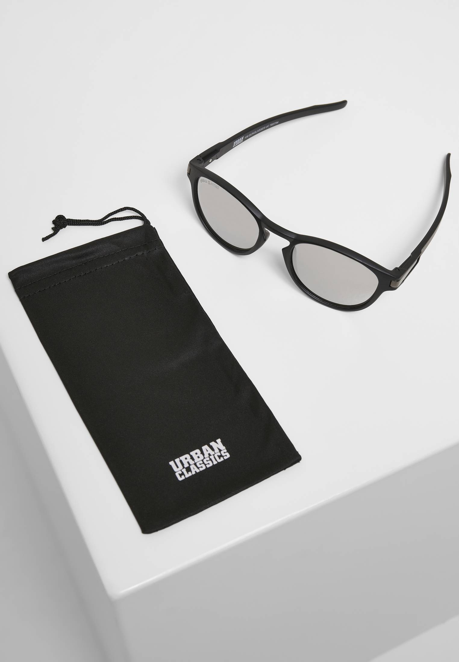 Urban Classics 106 Sunglasses UC black/silver - One Size