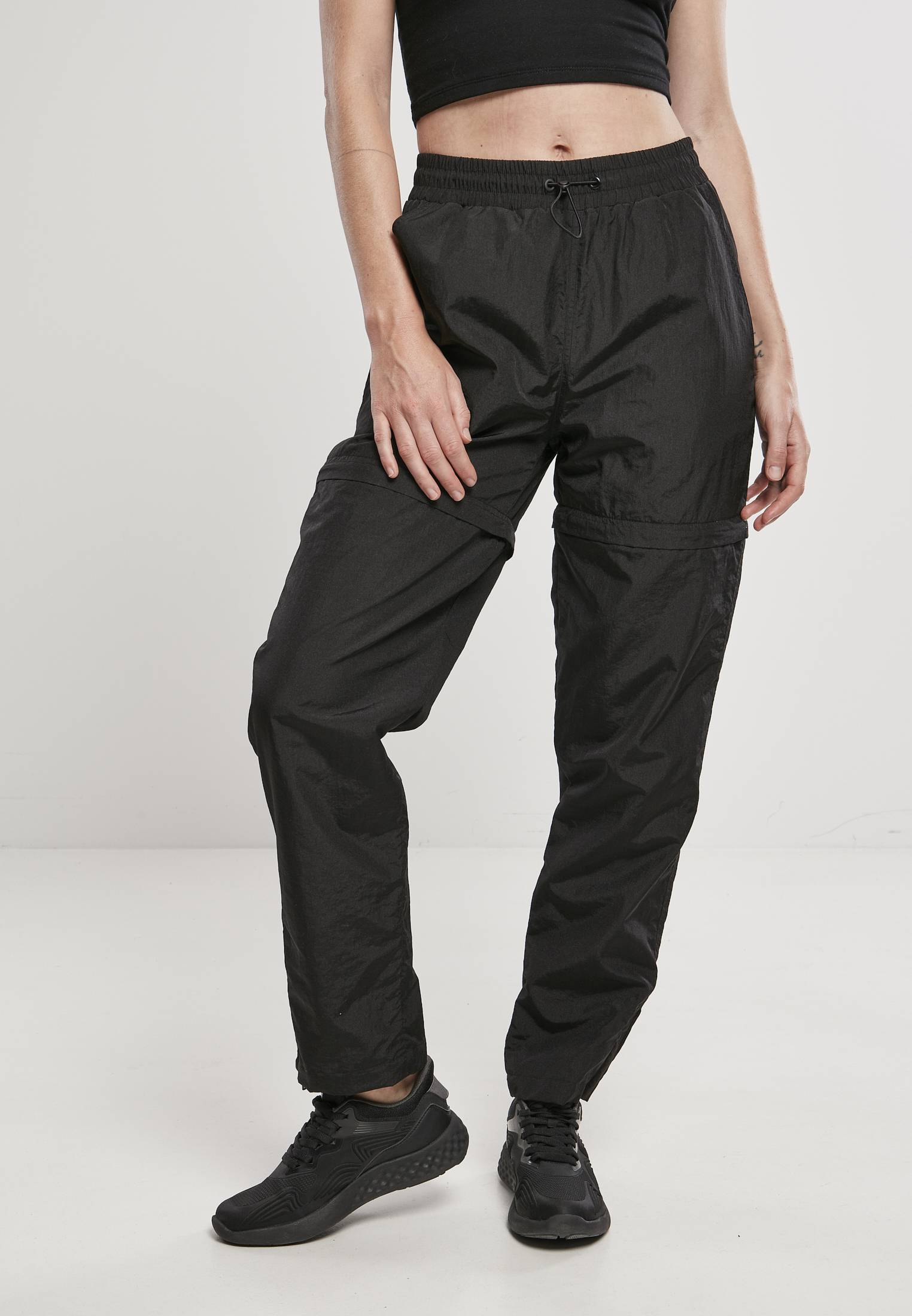 Urban Classics Ladies Shiny Crinkle Nylon Zip Pants black - 3XL