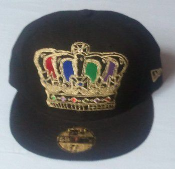 New Era Men Cap Bk/Gd - 7 3/8 / čierna