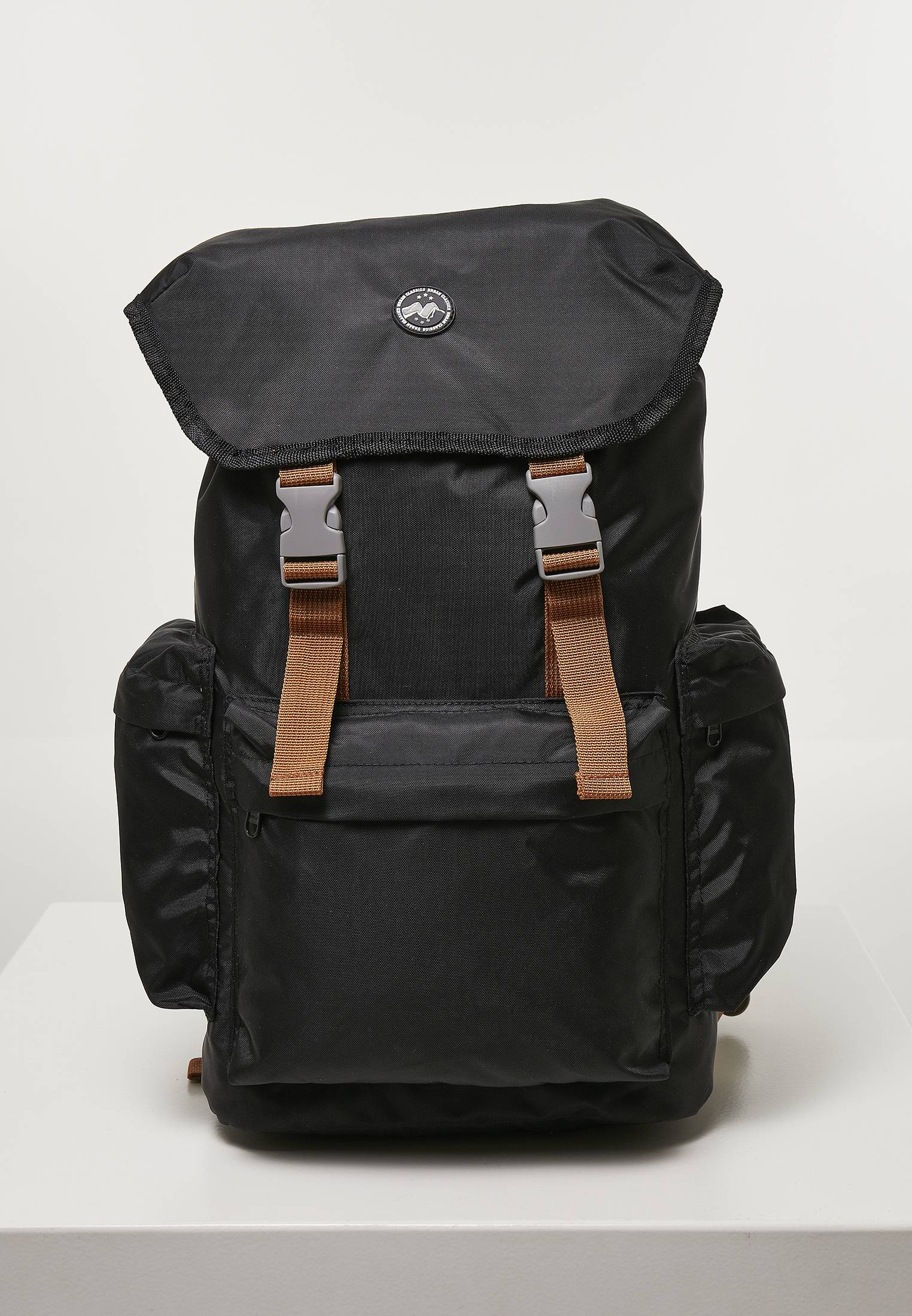 Urban Classics Hiking Recycled Backpack black - One Size