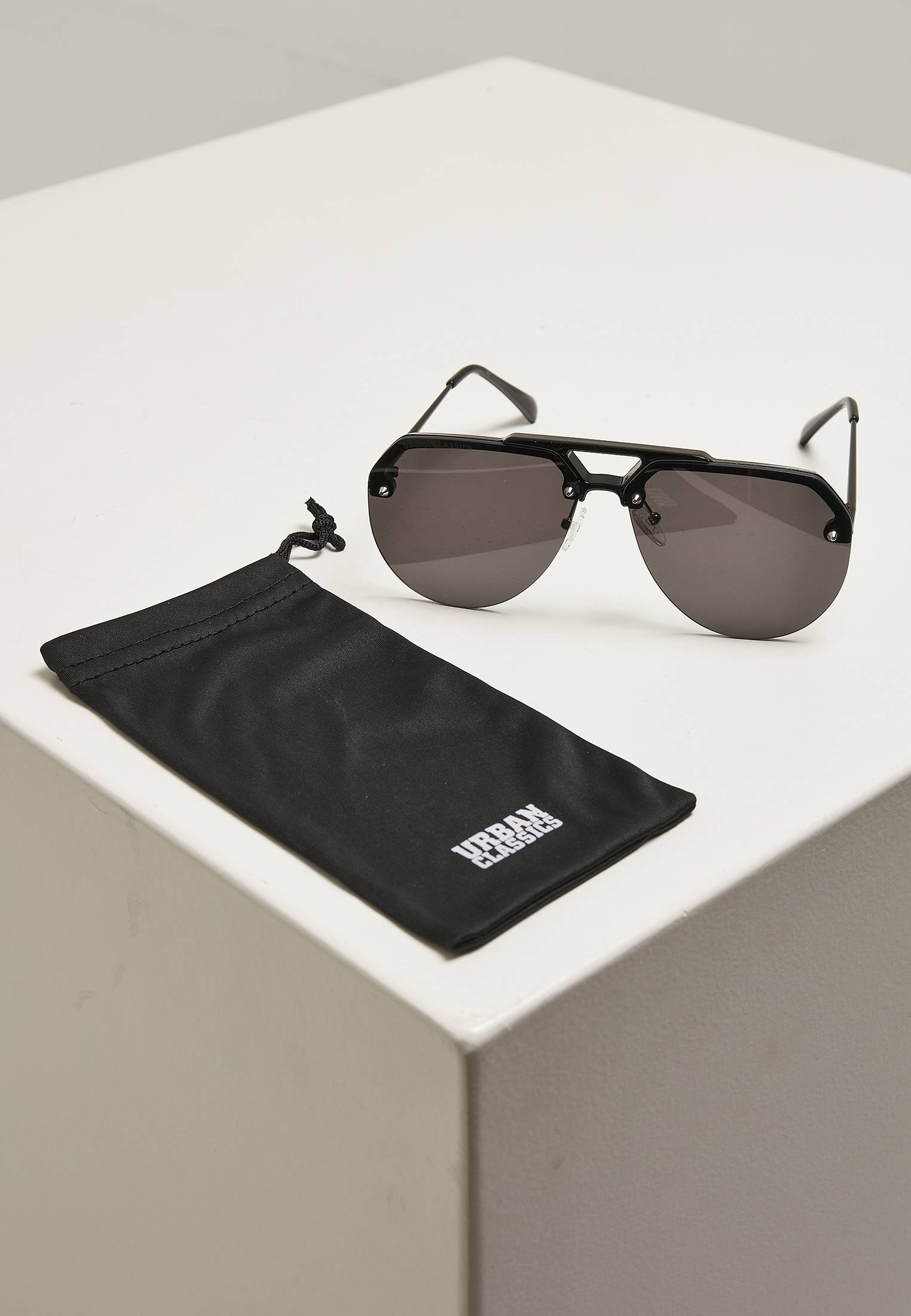 Urban Classics Sunglasses Toronto black - One Size